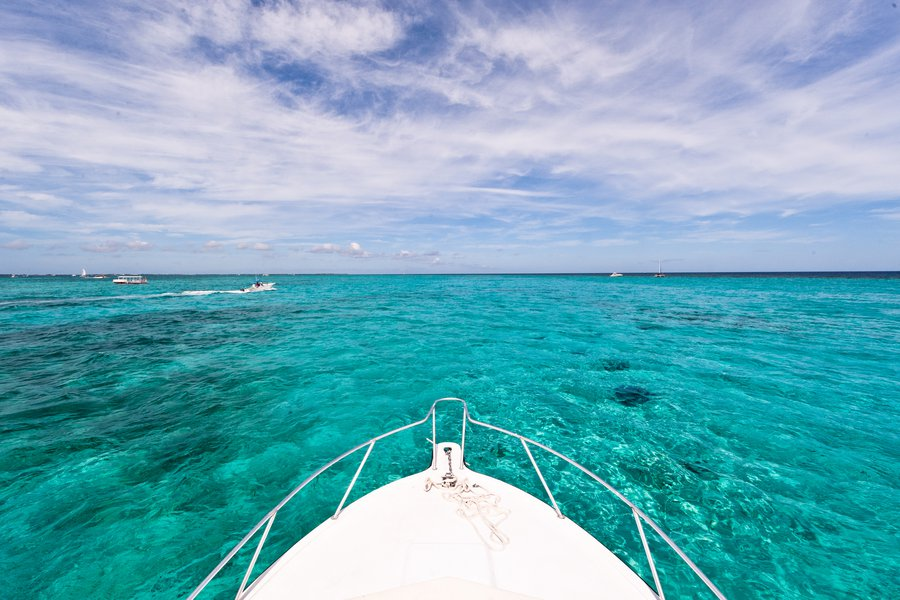 Grand Cayman_Bow
